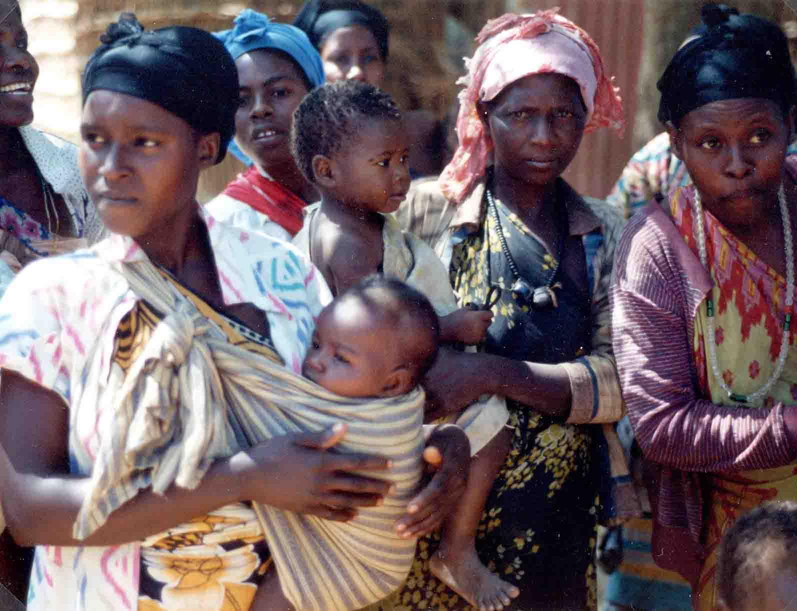 Risultati immagini per aiuti umanitari