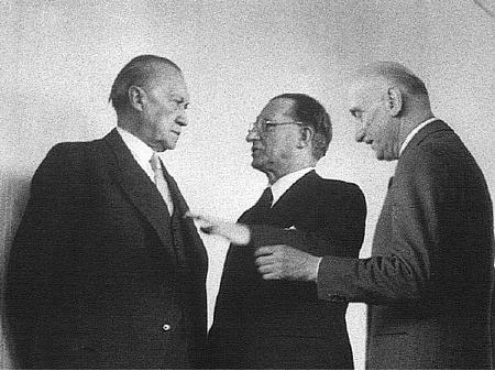 Adenauer, Schuman e De Gasperi (1952)