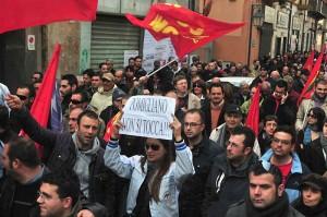 Scioperi a Pomigliano contro il piano Marchionne