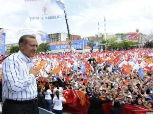 Tayyip Erdogan durante la recente campagna elettorale
